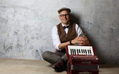 Jörg Manhold: #quetsch – Das Geheimnis das alten Akkordeons
