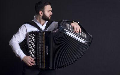 Nikola Djoric: Bach&Piazolla